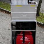 Mannschaftstransportfahrzeug - Container für Stromerzeugung & Beleuchtung