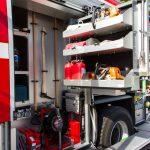 Kettensäge und Rettungskettensäge mit Schnittschutz und Schnitttiefenanschlag